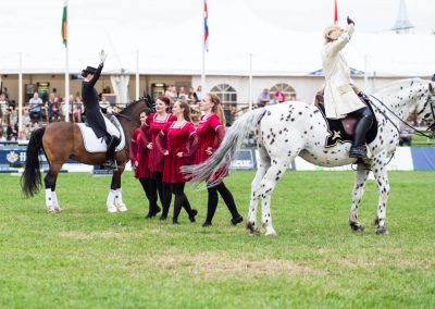 Pferde und Tänzer_Web-133